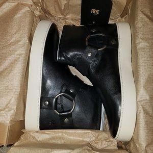 Frye Lena harness bootie black new in box
